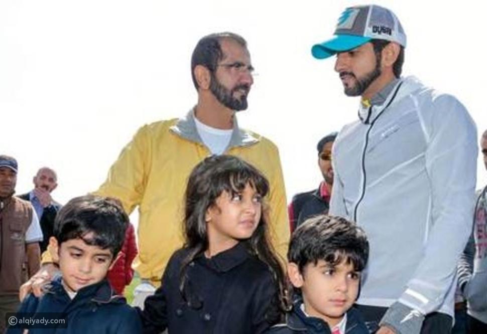 صور لماذا تواجد الشيخ محمد بن راشد بصحبة أحفاده في بريطانيا؟