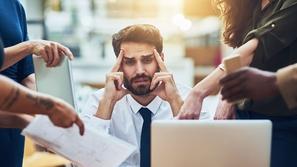 4 أشياء تساعدك على التعامل مع ضغط العمل الهائل