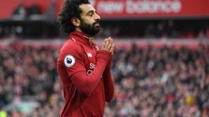صور: ظهور ذكي لمحمد صلاح قبل مباراة ليفربول وبرشلونة
