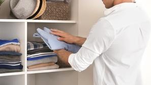 للرجال المبتدئين فقط: كيف تحافظ على ملابسك وكأنها جديدة؟