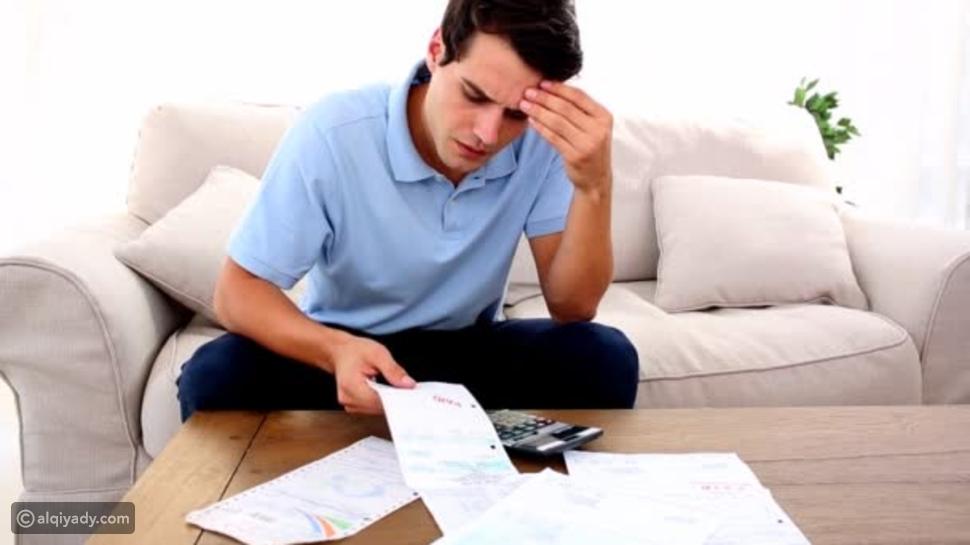 القلق المالي وتأثيره على الصحة العقلية