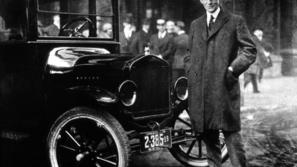 سيرة هنري فورد مؤسس شركة فورد موتور