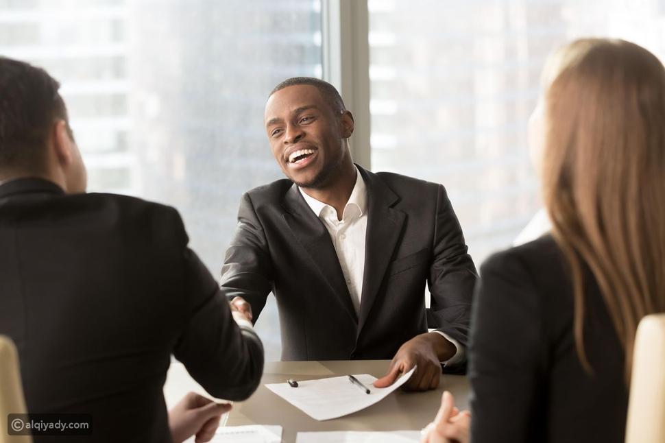 كيف تصعد إلى قمة حياتك المهنية بسرعة؟ إليك 8 خطوات