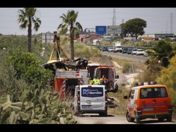 صور حادث تحطم سيارة اللاعب الراحل خوسيه أنطونيو رييس 1