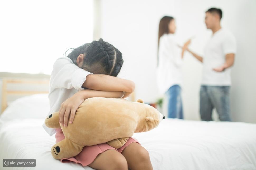 آثار الطلاق على الأبناء: لا يجب عليك تجاهلها