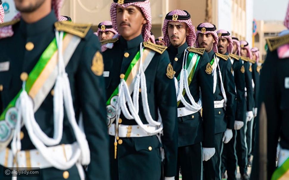 كلية الملك خالد: شروط القبول بدورة تأهيل الضباط الجامعيين