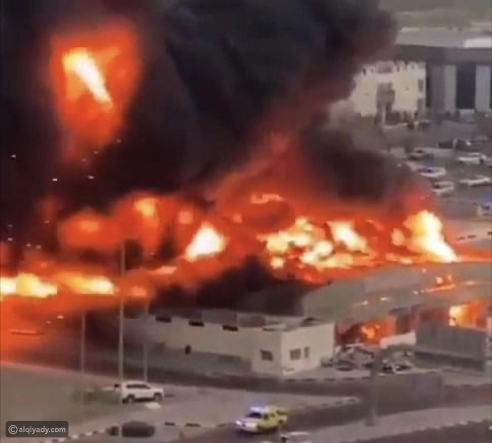 تفاصيل السيطرة على حريق سوق عجمان الشعبي في الإمارات
