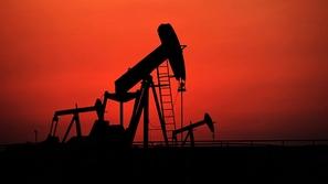 الإمارات تُعزز إنتاجها من النفط والغاز