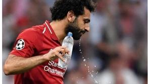 صورة: كيف فطر محمد صلاح والثنائي المسلم في نهائي دوري أبطال أوروبا
