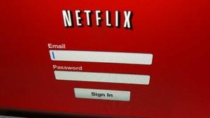 مشاركتك لحسابك على Netflix مع أصدقائك يعرضك للمساءلة القانونية