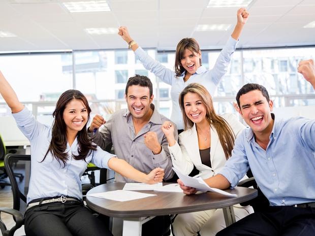 10 نصائح للبقاء سعيداً في العمل