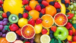 لماذا عليك تجنب شرب الماء بعد تناول الفاكهة؟