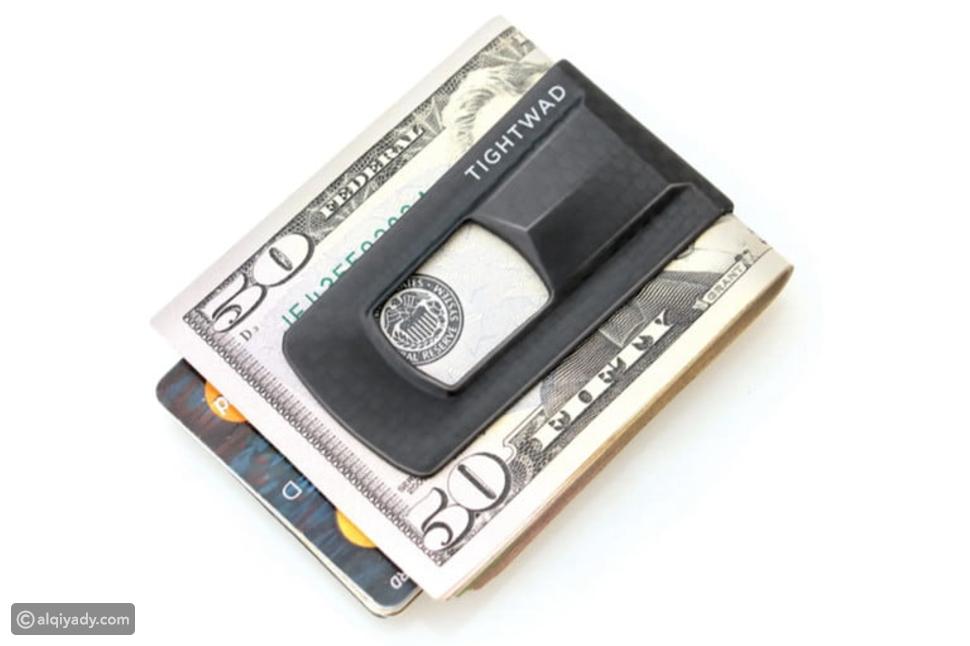 13 مشبك للنقود: تخلص من محفظتك الضخمة الآن
