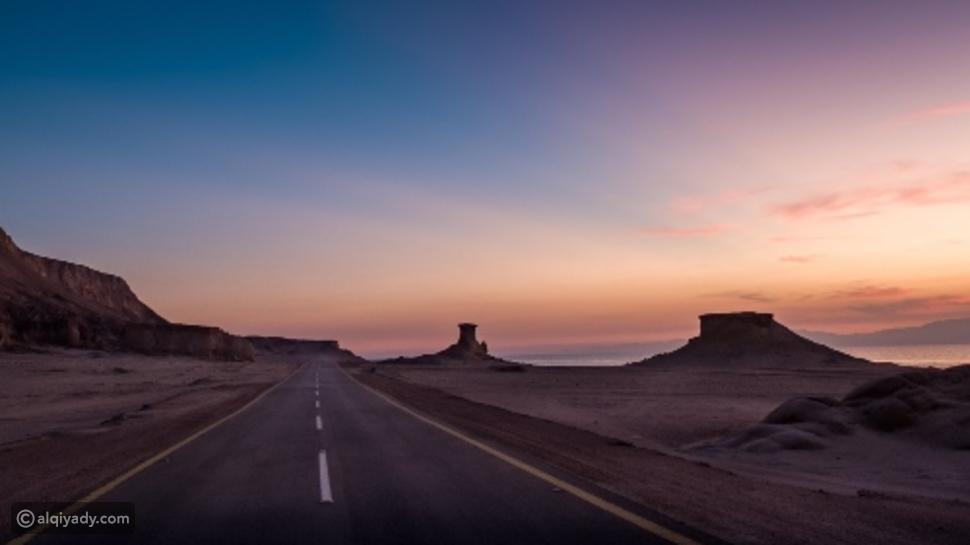 لماذا اختار الملك سلمان مدينة نيوم لقضاء إجازته؟