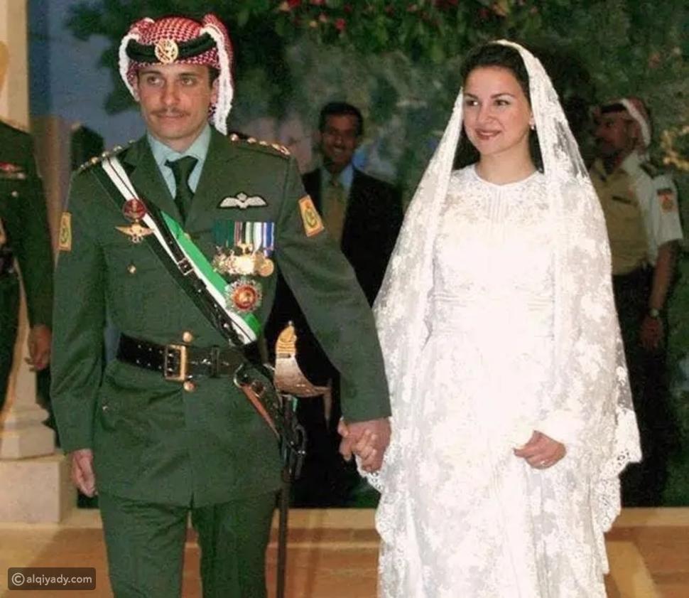 الأمير حمزة وصورة تُنشر لأول مرة برفقة أبنائه وبناته
