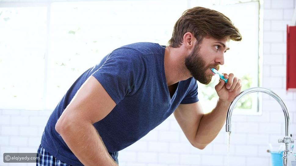روتين تنظيف الأسنان