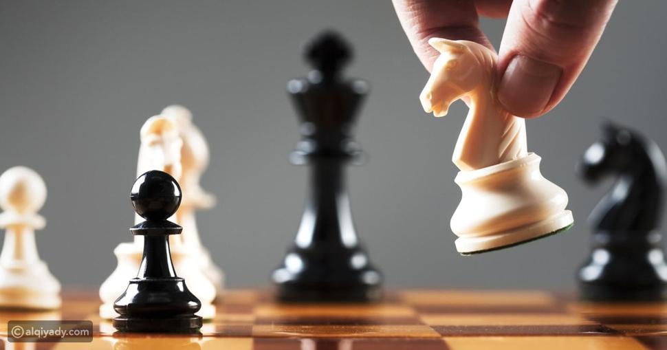طريقة لعب الشطرنج