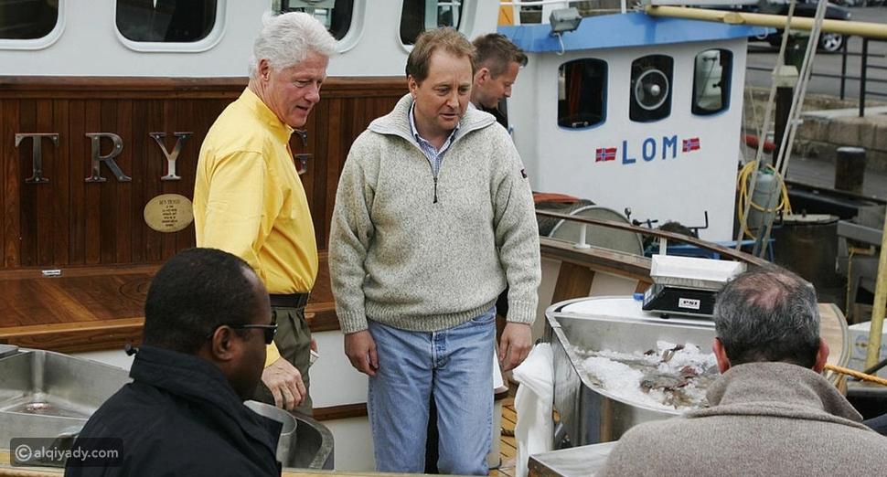 الملياردير النرويجي مع رئيس أمريكا الأسبق بيل كلينتون