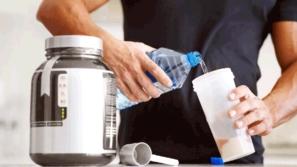 المكملات الغذائية الحارقة للدهون: ما هي؟ وما فوائدها وأضرارها؟