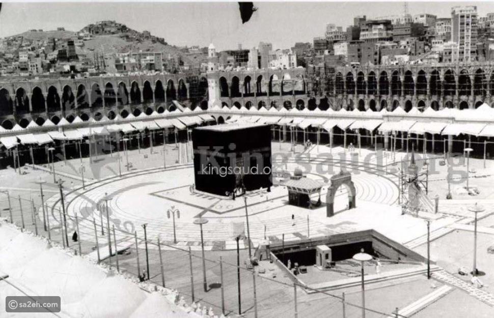 صورة نادرة لبئر زمزم منذ 64 عاماً تعود إلى عهد الملك سعود