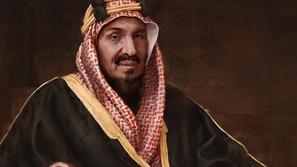 صورة تاريخية نادرة تجمع الملك عبدالعزيز مع أبنائه