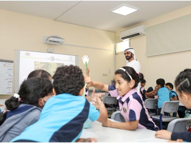 الإمارات تُعلن تعطيل المدارس لمواجهة كورونا