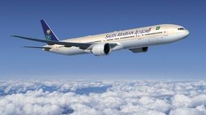 صورة: طائرة سعودية تهبط بأمان بعد وفاة قائدها