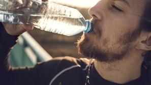 أطعمة ومشروبات يجب أن تتجنبها في رمضان لأنها تسبب العطش