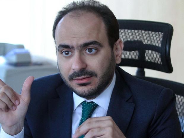 رئيس مجلس إدارة جهاز حماية المنافسة قال أن أسعار منتجات آبل مبالغ فيها