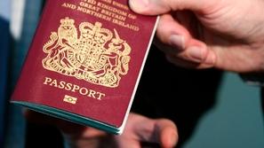 ماذا تفعل في حالة ضياع جواز سفرك خارج بلدك؟