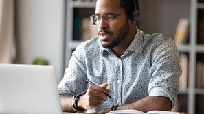 لماذا عليك تعلم لغة جديدة في عالم الأعمال؟