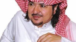 صورة مؤثرة للفنان السعودي خالد سامي في العناية المركزة