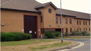 وفاة أول سجين بفيروس كورونا في بريطانيا