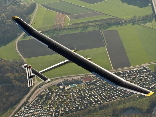 طائرة شمسية يمكنها البقاء في الجو لمدة سنة كاملة