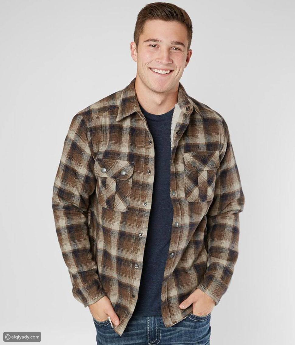 الموضة العملية: دليلك الكامل لارتداء قميص الفلانيل Flannel