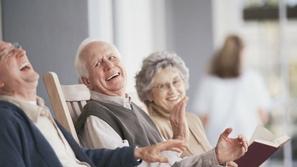 بخطوات بسيطة: كيف نحمي كبار السن في العزل المنزلي؟