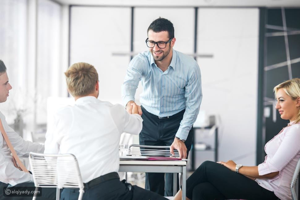 الوظيفة الجديدة: كيف تُظهِر أنك مستعد في أول 10 دقائق من عملك؟