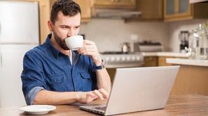 لن تكون وحيداً بعد الآن: كيف تعمل من المنزل بدون أن تفقد عقلك؟