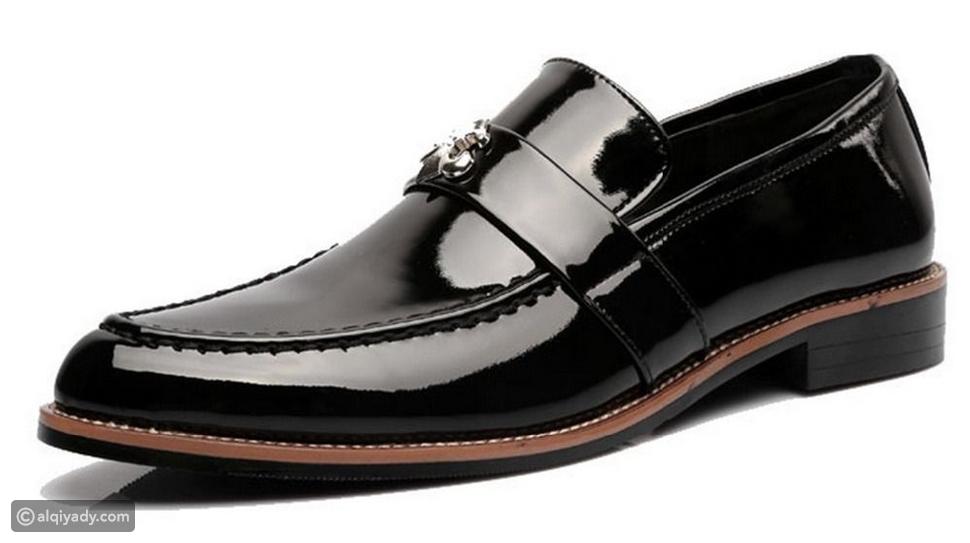 ارتداء الحذاء الكلاسيكي مع البدلة