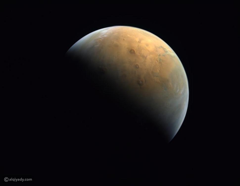 أول صورة يرسلها مسبار الأمل الإماراتي لكوكب المريخ