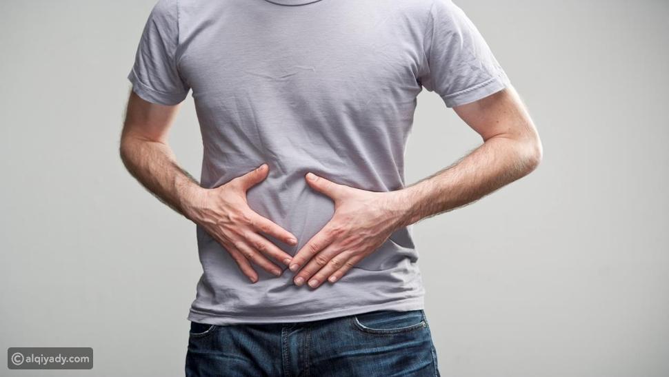 آلام البطن أبرز أعراض القولون