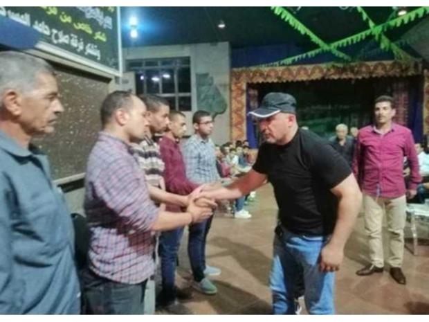 أحمد السقا يصل لعزاء الفنان محمد أبو الوفا