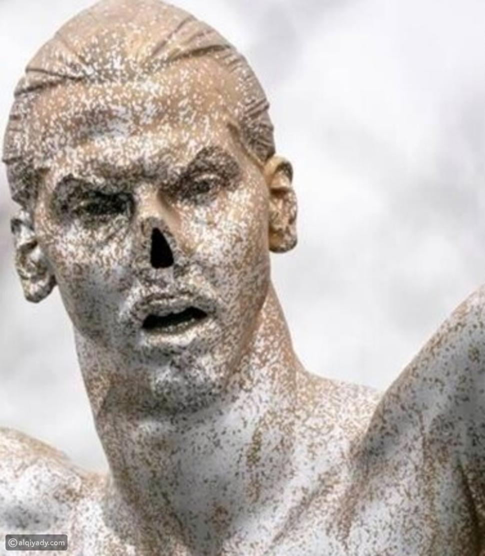 صور: تمثال إبراهيموفيتش يتعرض للتخريب مجدداً