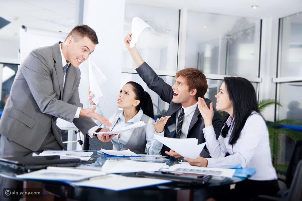 الصراع في العمل: كيفية إدارة النزاع بين أفراد الفريق