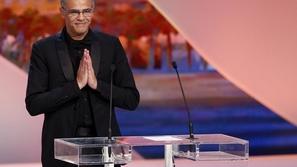 لهذا السبب قرر مخرج تونسي بيع جائزته في مهرجان كان السينمائي!