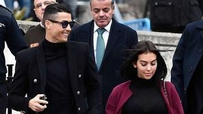 كريستيانو رونالدو.. كيف أنفق 20 ألف يورو خلال 3 أيام؟
