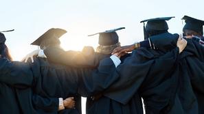 5 تخصصات جامعية ستجعلك من الأعلى دخلاً مدى الحياة