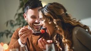 5 طرق لإغلاق المسافة بينك وبين زوجتك