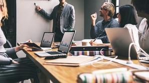13 نصيحة لقيادة وإدارة الفرق عن بعد