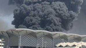 فيديو: حريق كبير في محطة قطار الحرمين في جدة